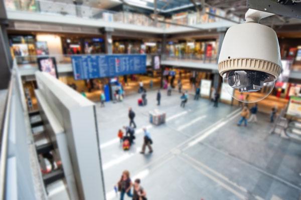 دوربین مدار بسته در فرودگاه