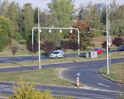 چرا از دوربین های مدار بسته برای کنترل ترافیک استفاده می کنند؟