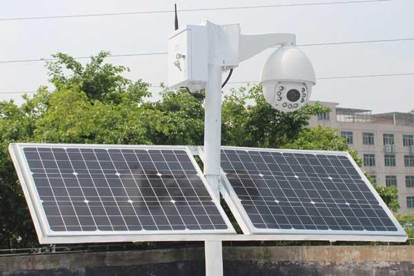 پنل خورشیدی در دوربین مدار بسته