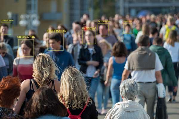 قابلیت تعقیب هوشمند در دوربین
