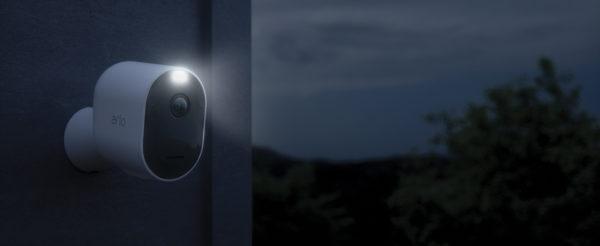 دوربین های امنیتی برای فضای باز