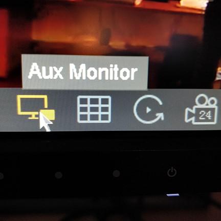 اتصال دو مانیتور به دستگاه DVR